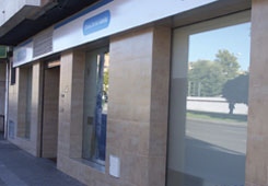 Clinica Dental Adeslas Cordoba Cordoba Pl Colon 16 Clinicas