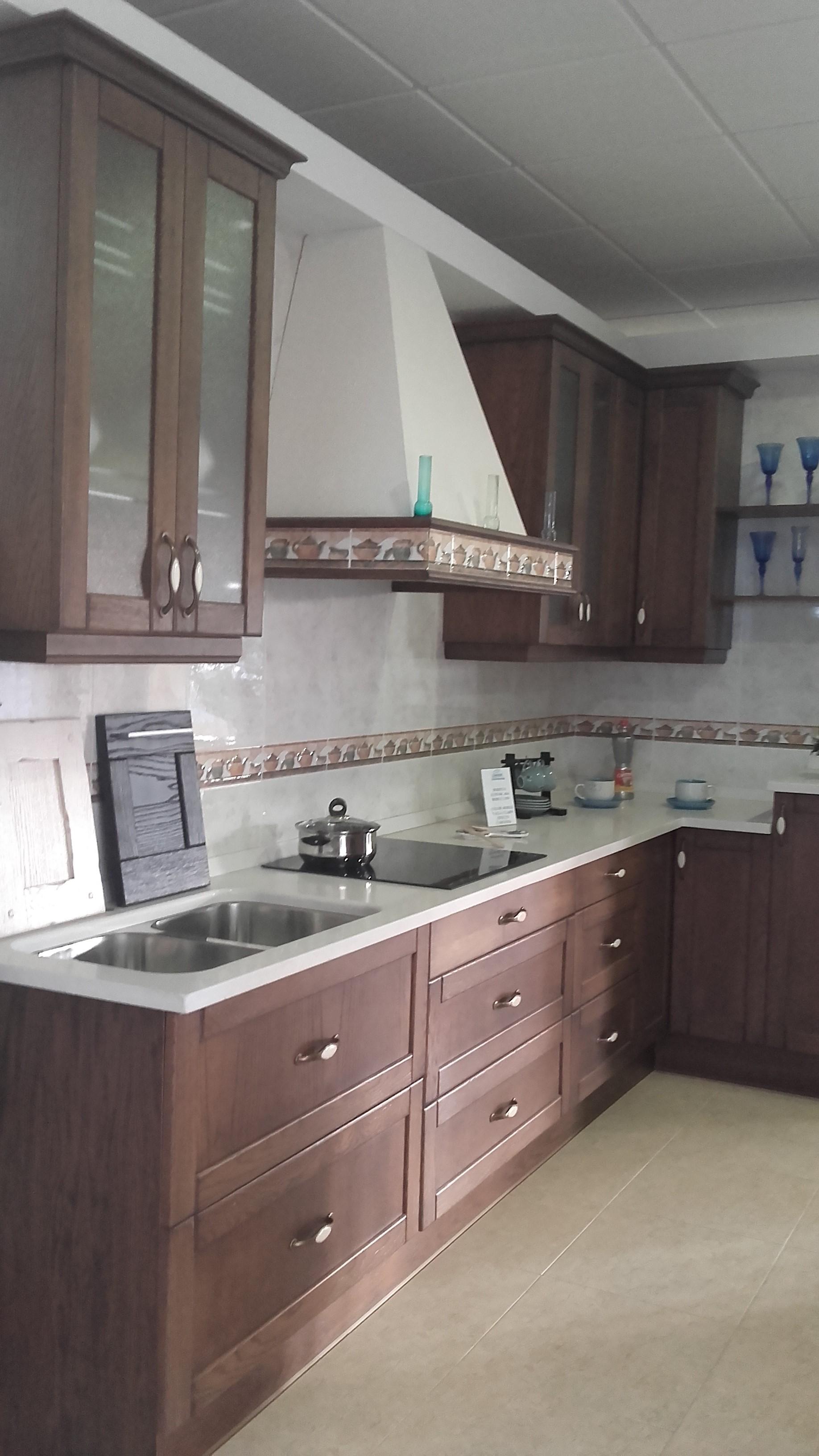 Muebles de cocina Cosamba 2000 - Polan - Carretera Navalpino ...