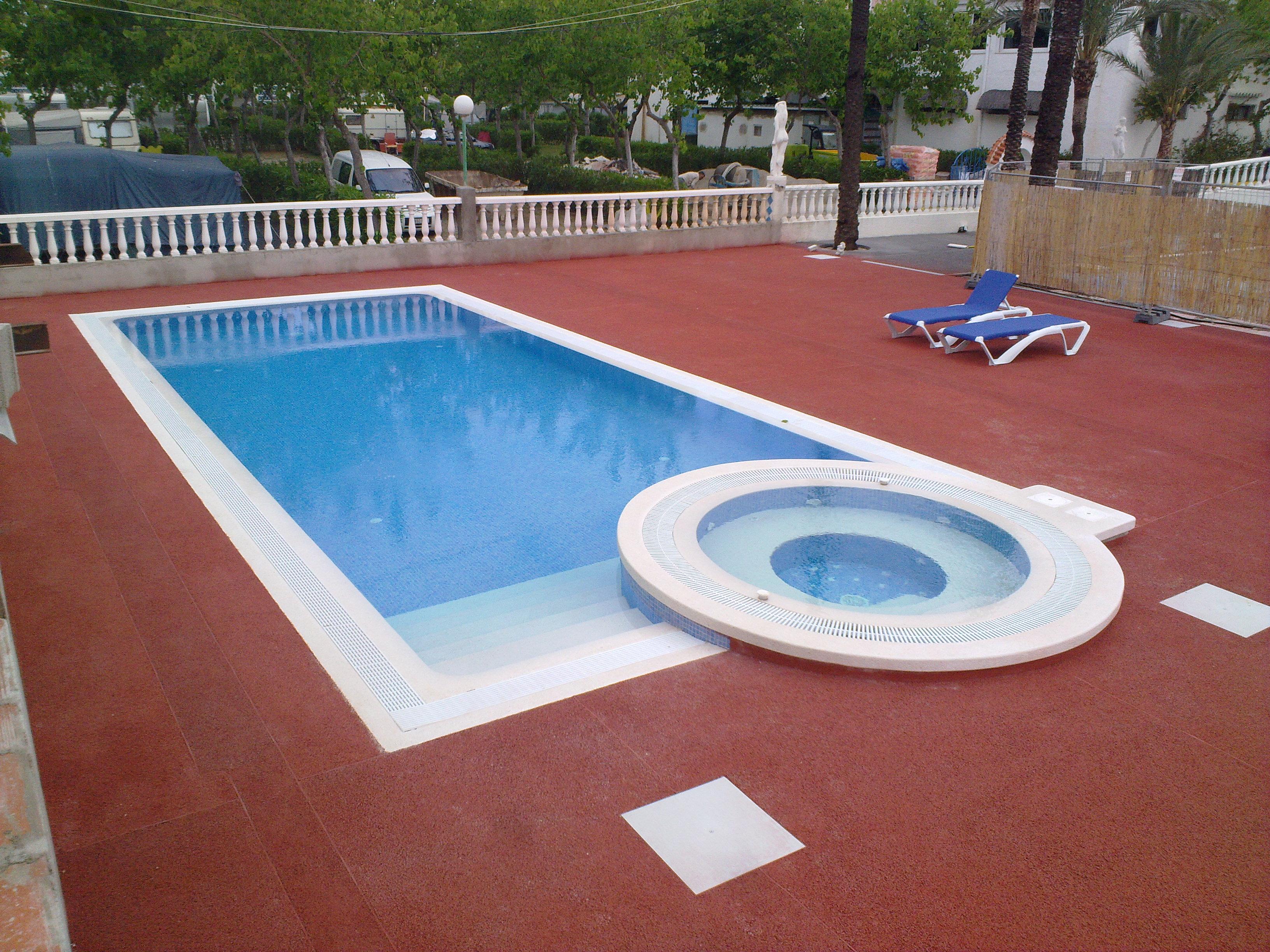 Piscinas suinco castellon de la plana castellon de la for Suministros para piscinas