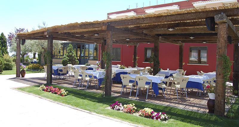 Restaurante Hotel Cuatro Calzadas 3