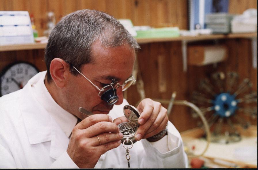 Taller De Relojería Emilio Minchero