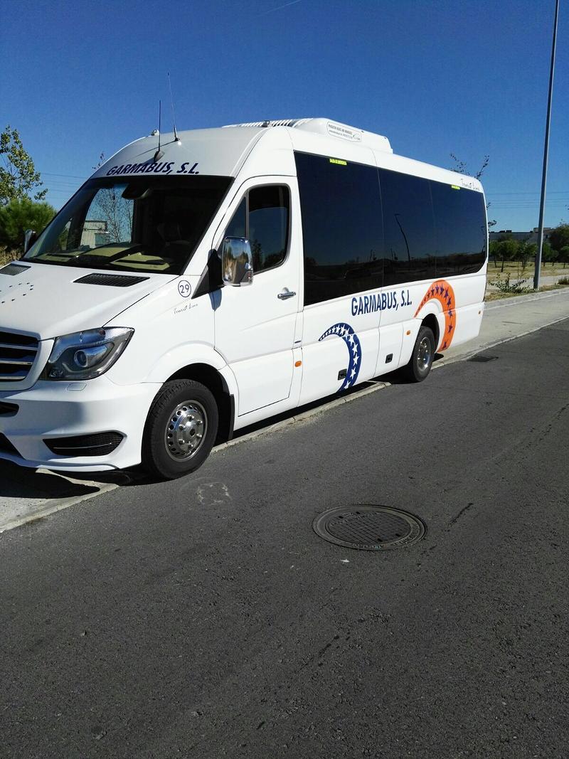 Autocares Garmabus 6