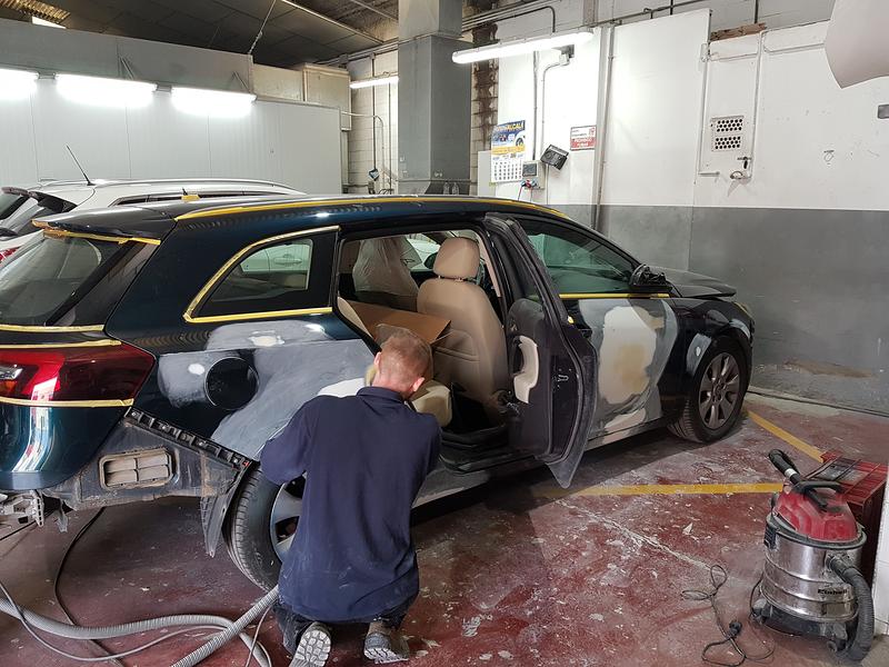 Automotor Calonge - Taller de Chapa y Pintura y Mecánica 17