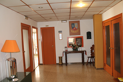 Residencia Universitaria El Pilar - Granada - Calle de Melchor ...