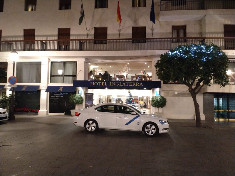 CAR FLY PRIVATE TRANSFERS MALAGA AIRPORT 5