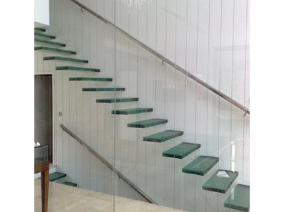 Cristalería y Aluminios Paco Moreno 3