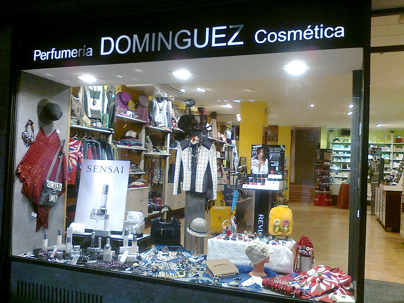 Perfumería Domínguez 3